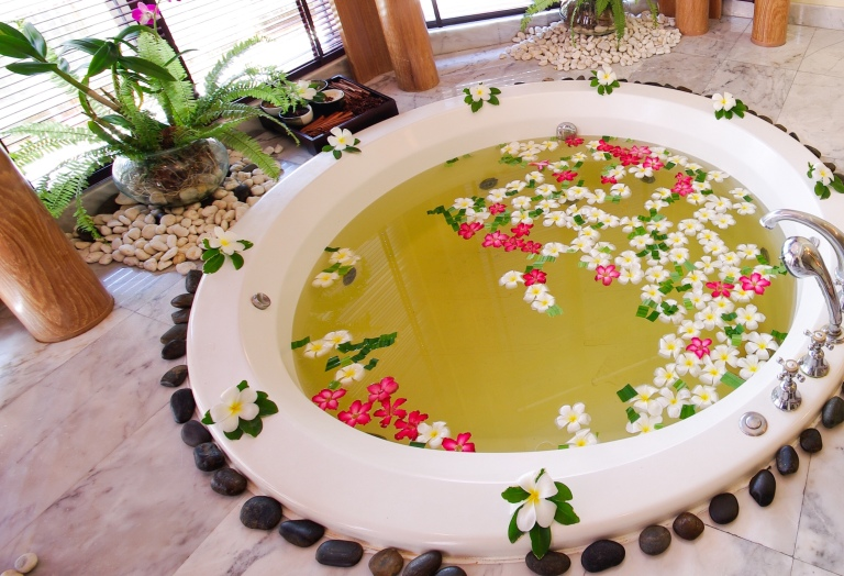 jacuzzi in spa room thailand